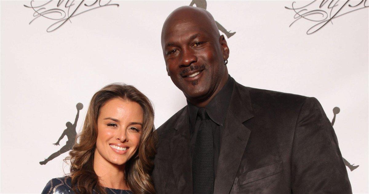 Michael Jordan with his wife Yvette Prieto
