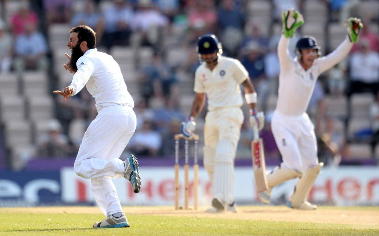 It was yet another dismal day for Indian fans as India played woefully throughout the day, slumping to 112/4 chasing a mammoth 445 to win the 3rd Investec Test.