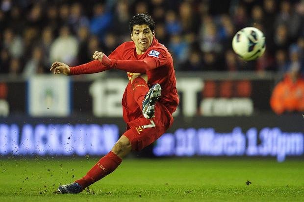 Luis Suarez moves to fierce rivals Barcelona