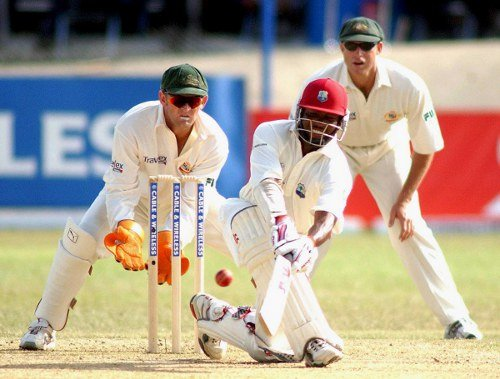 Adam Gilchrist Brian Lara to play in MCL