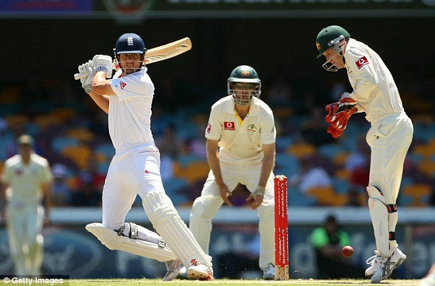 Alastair Cook 235 at Gabba