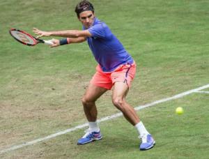 Federer's elegant forehand in action against Gulbis