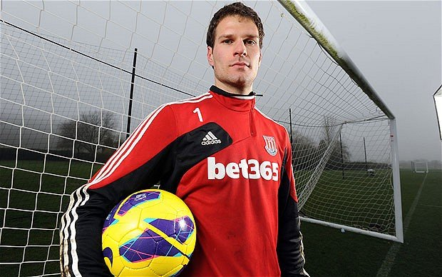 Asmir Begovic to replace Petr Cech