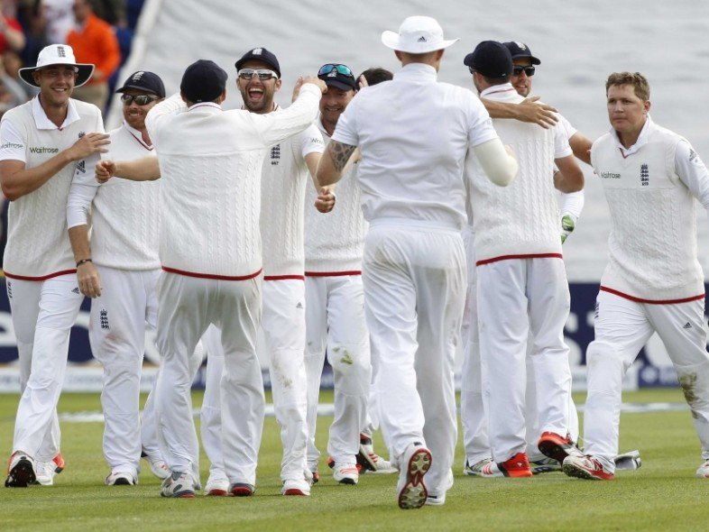 England Cricket Team wins 1st Ashes test