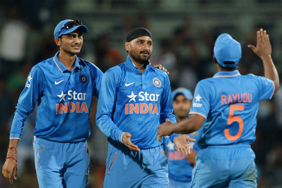 Harbhajan Singh after taking a wicket (Image courtesy: Cricinfo)