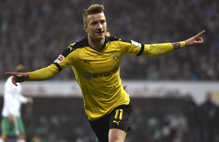 dortmund close in on bayern thanks to reus double at bremen essentially sports. Black Bedroom Furniture Sets. Home Design Ideas