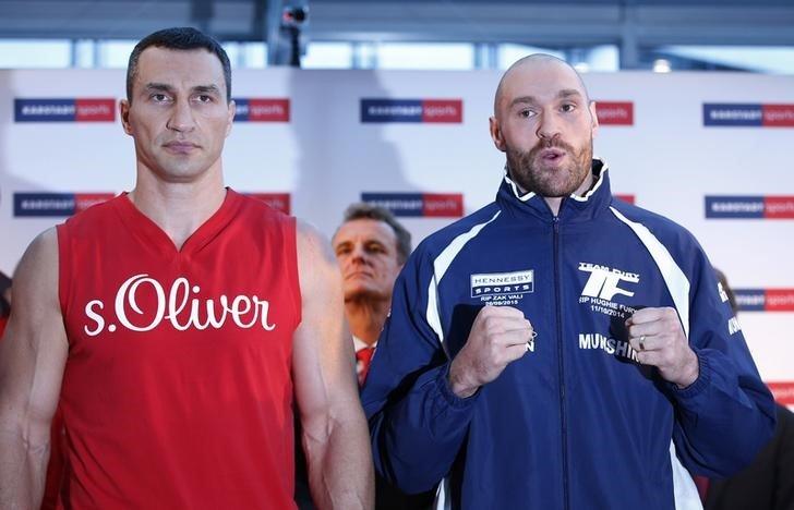 Wladimir Klitschko & Tyson Fury Weigh-In