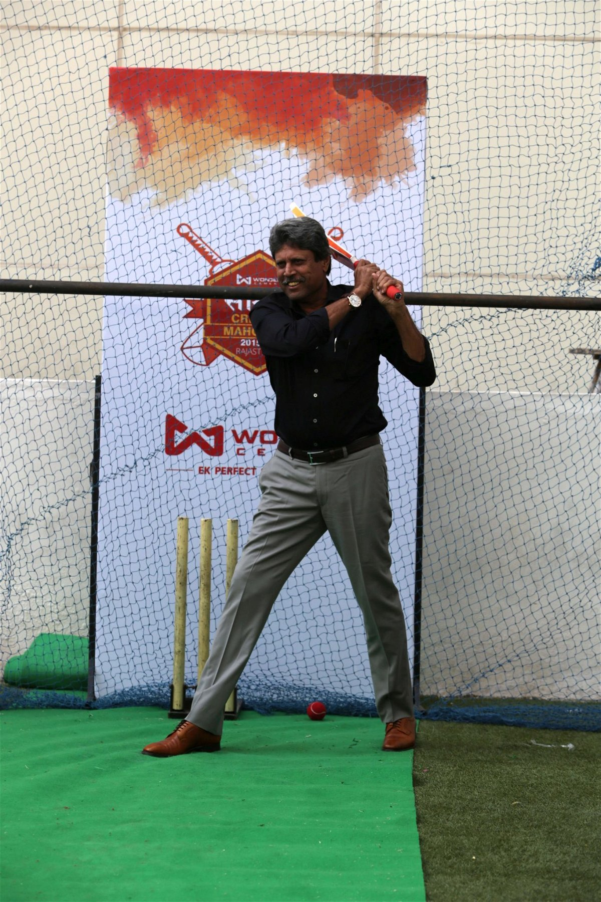 Mr. Kapil Dev at Wonder Cement Cricket Mahotsav Saath 7 (1)