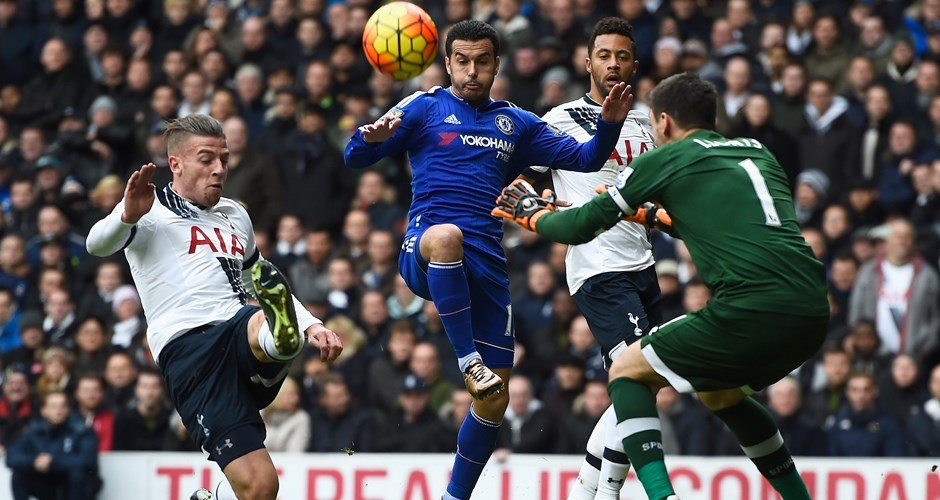 Toby Alderweireld and Hugo Lloris ensure there's no way through for Pedro