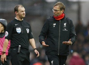 Football Soccer - West Ham United v Liverpool - Barclays Premier League - Upton Park - 2/1/16 Liverpool manager Juergen Klopp remonstrates with referee Robert Madley at the end of the match Action Images via Reuters / John Sibley Livepic