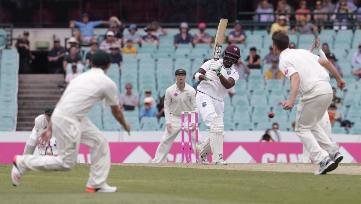 West Indies batsman Darren Bravo (C) hits past Australian bowler James Pattinson during their third cricket test at the SCG in Sydney, January 3, 2016. REUTERS/Jason Reed