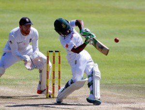 South Africa's Temba Bavuma (R) plays a shot as England's Jonny Bairstow looks on during the second cricket test match in Cape Town, South Africa, January 5, 2016. REUTERS/Mike Hutchings