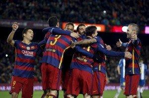 Football Soccer - Barcelona v Espanyol - Spain King's Cup - Camp Nou stadium, Barcelona - 6/1/16Barcelona's players celebrate a goal against Espanyol.  REUTERS/Albert Gea