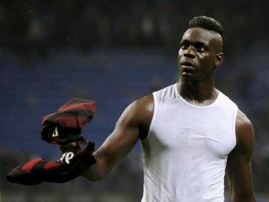 AC Milan's Balotelli leaves the field at the end of their Italian Serie A soccer match against Inter Milan at the San Siro stadium in Milan