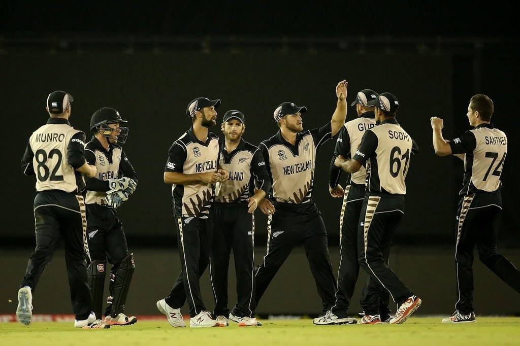 Twitter reacts to New Zealand beats Pakistan by 22 runs - essentiallysports.com
