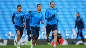 Cristiano Ronaldo back in training with Real Madrid