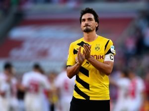 Mats Hummels playing in a Dortmund shirt