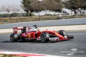 f1-barcelona-february-testing-2016-sebastian-vettel-ferrari-sf16-h