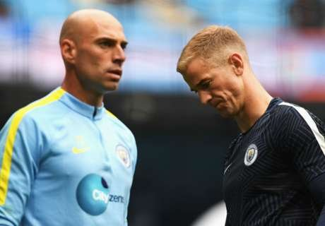 willy-caballero-and-joe-hart-premier-league-man-city-v-sunderland_avxyt5oanz561nol5fhazuo2u