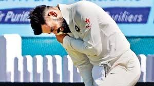 Virat Kohli injured