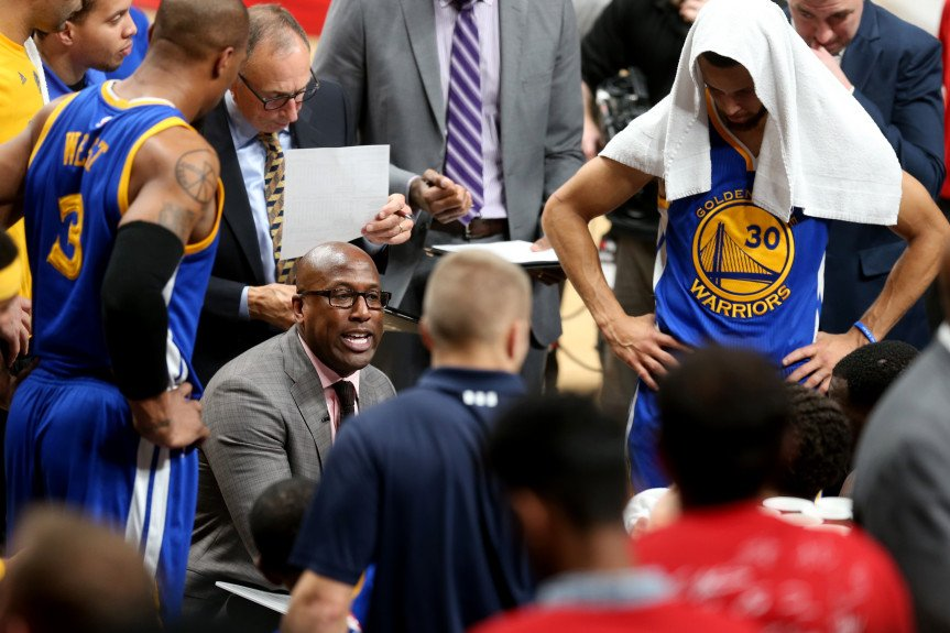 Are the Golden State Warriors in Trouble? - essentiallysports.com
