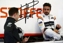 Rosberg thinks Alonso makes bad career choices