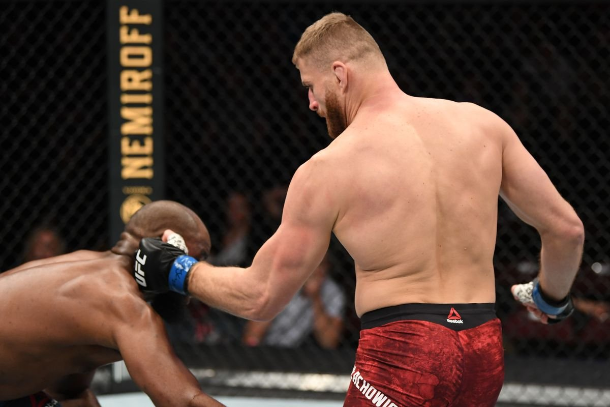 Watch: Jan Blachowicz Brutally KOs Corey Anderson, Calls Out Jon Jones - Essentially Sports