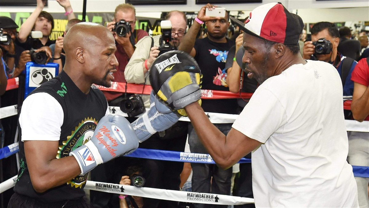 Floyd Mayweather spars with his uncle Roger Mayweather