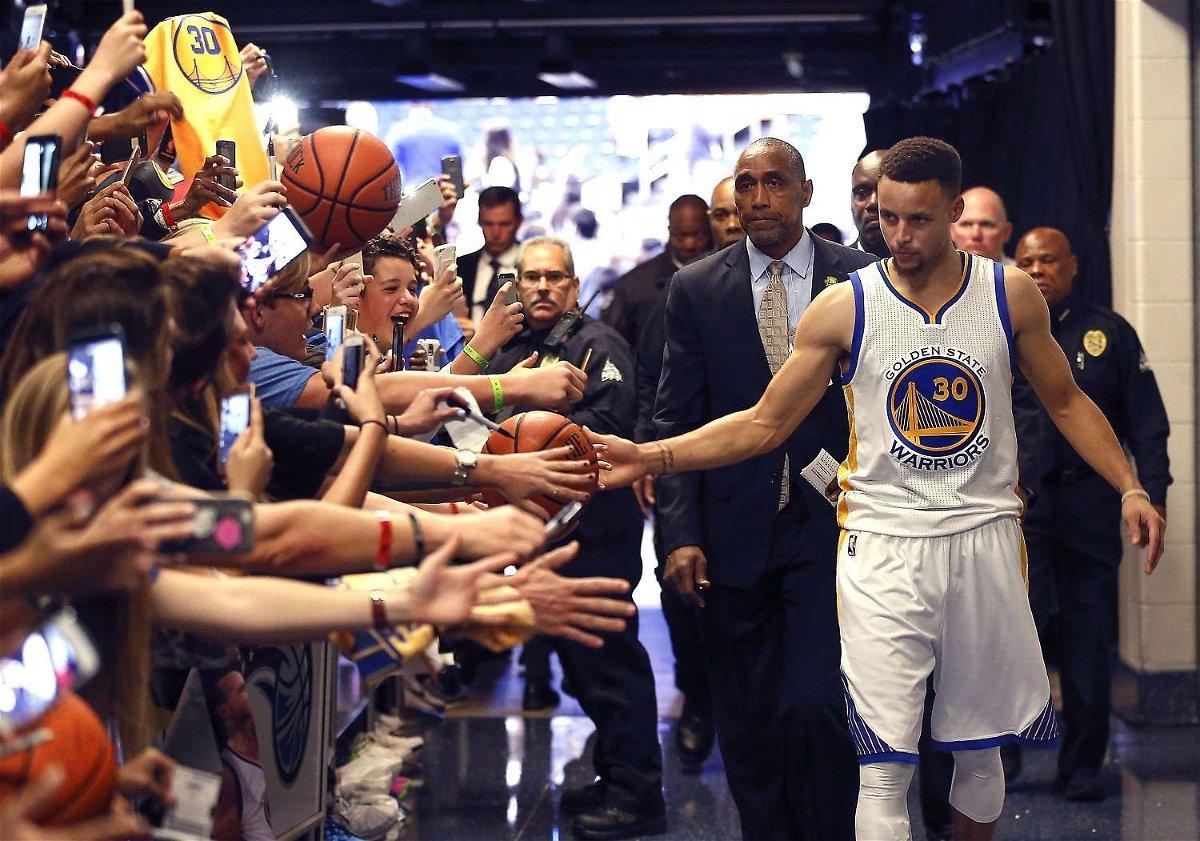 Golden State Warriors Stephen Curry fans Coronavirus COVID-19