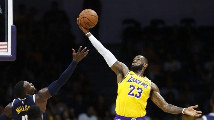 LeBron James LA Lakers NBA Fans Staple Center Lakers Faithful