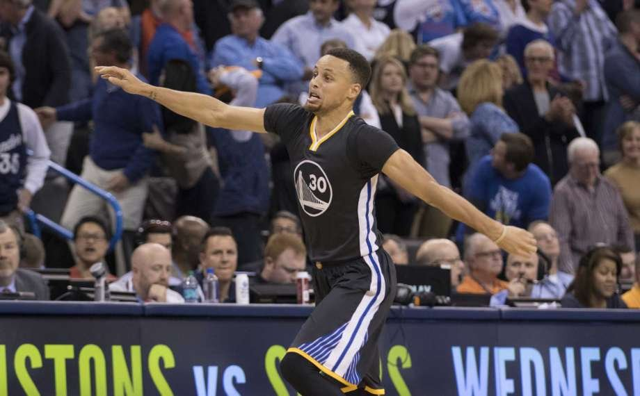 Stephen Curry vs Oklahoma City Thunder 2016 Game winner iconic celebration Golden State Warriors