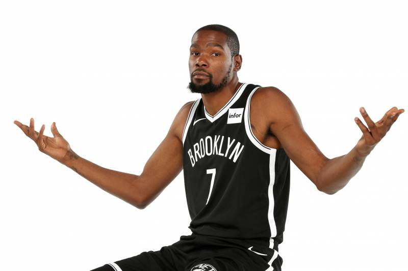 Kevin Durant & Rihanna Involved in Banter Over the Former's ...