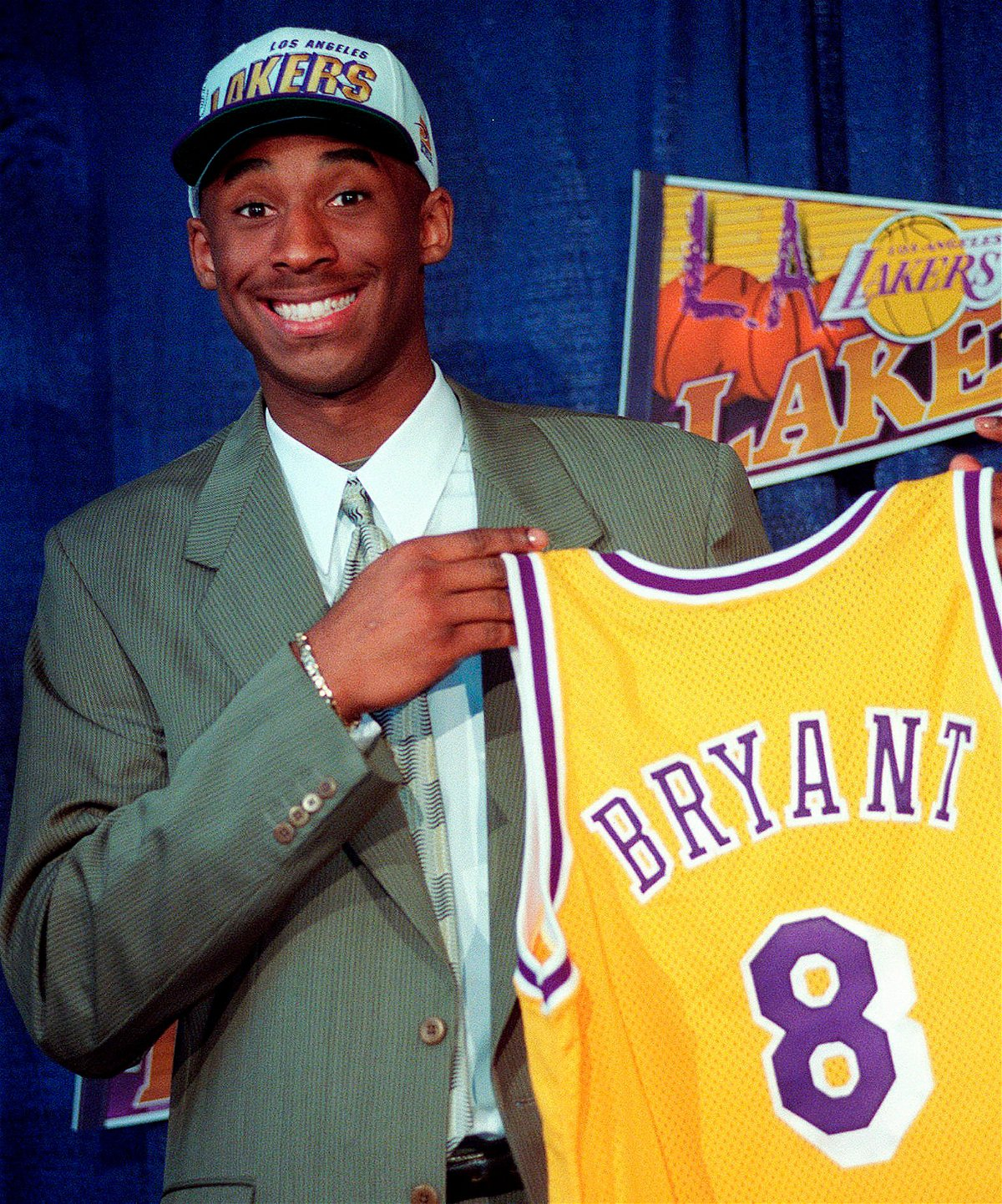 Why Did Kobe Bryant Choose No. 8 to