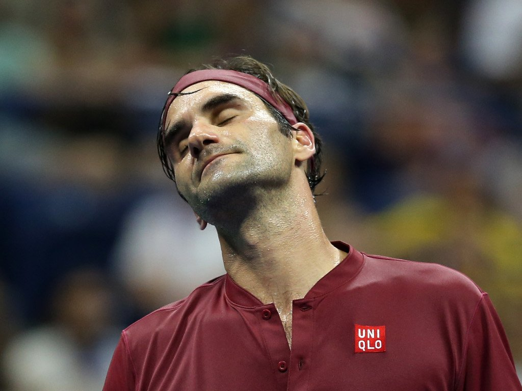 Roger Federer disappointed.'