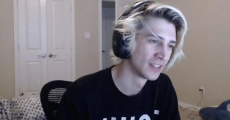 xQc Reveals how Shroud Earned Millions But Lost Viewers with his ...