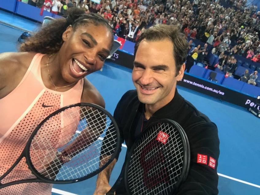 "That Was Confidential"" - Serena Williams Responds to Roger Federer ..."
