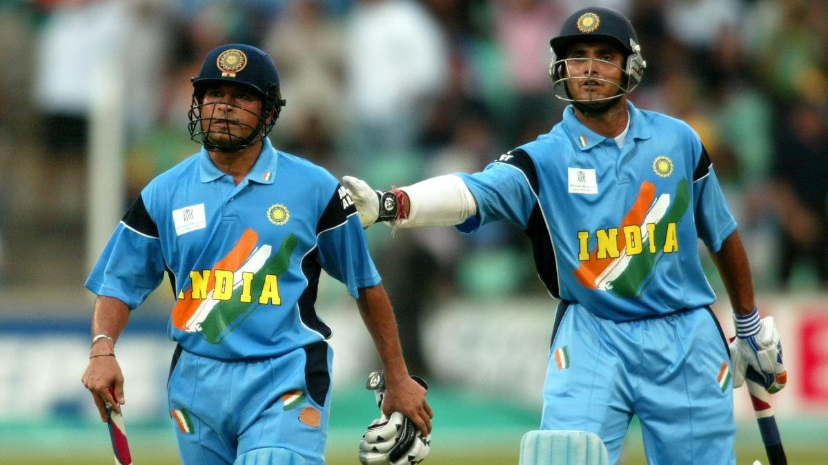 "Sachin Tendulkar Cried in the Dressing Room"" - Reveals Sourav ..."