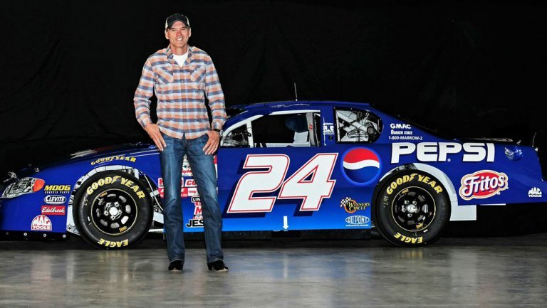 What Does Nascar Driver Jeff Gordon Drive A List Of His Top 5 Cars Essentiallysports