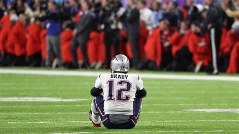 Analyst predicts a 'Bumpy Start' for Tom Brady at Buccaneers thumbnail