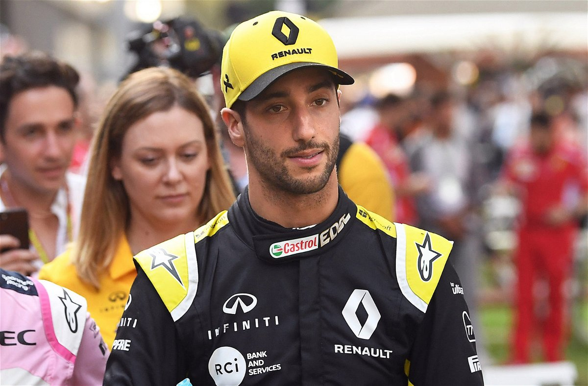 We Re Not Desperate Renault Open Up On Contract Talks With Daniel Ricciardo Essentiallysports