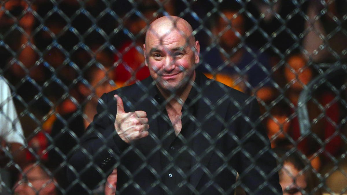 Dana White Awards 5 Fighters a New Contract Because He's in a 'Good Mood' - Essentially Sports