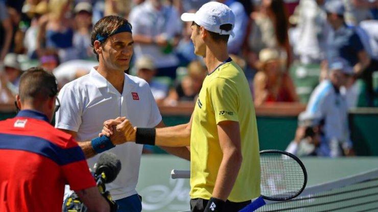 Roger Federer and Hubert Hurkacz