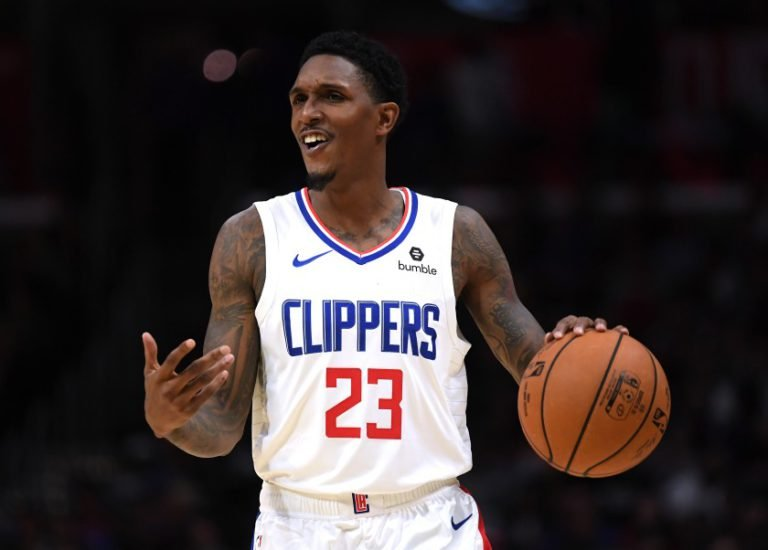 論NBA球星有多愛雞翅!路威特地去夜店吃,國王球員Holmes違規定外賣也是雞翅!