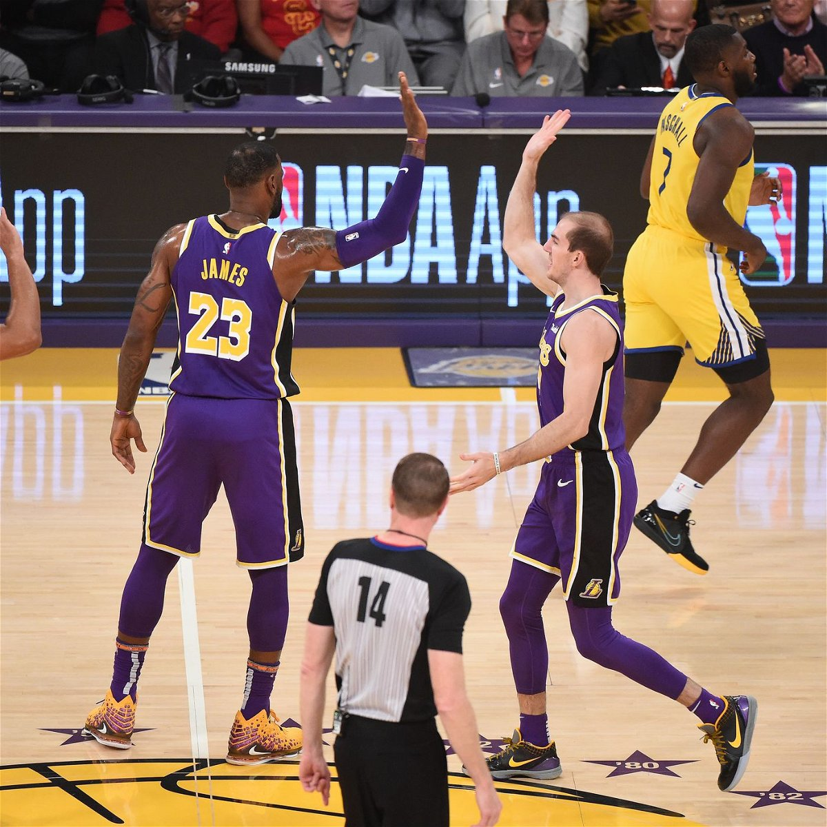 Los Angeles Lakers Teammate Defends Lebron James Over Special Treatment Controversy Essentiallysports