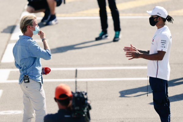 Mercedes Poke Fun As Lewis Hamilton And Nico Rosberg Spotted Chatting At The Spanish Grand Prix Paddock Essentiallysports