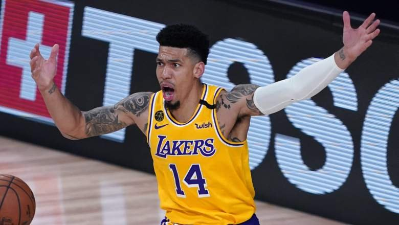 Long Time Lakers Fan Snoop Dogg Rips Into Danny Green For Performance Against Blazers Essentiallysports