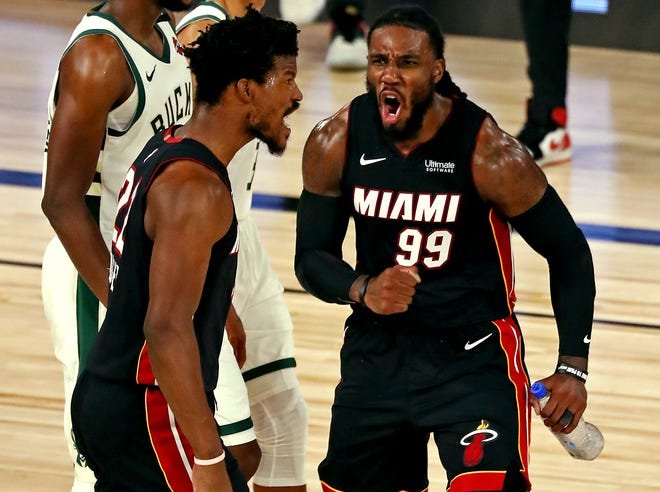 He Can T Guard Me Jimmy Butler Taunts The Bucks Bench After Scoring On Giannis Antetokounmpo Essentiallysports