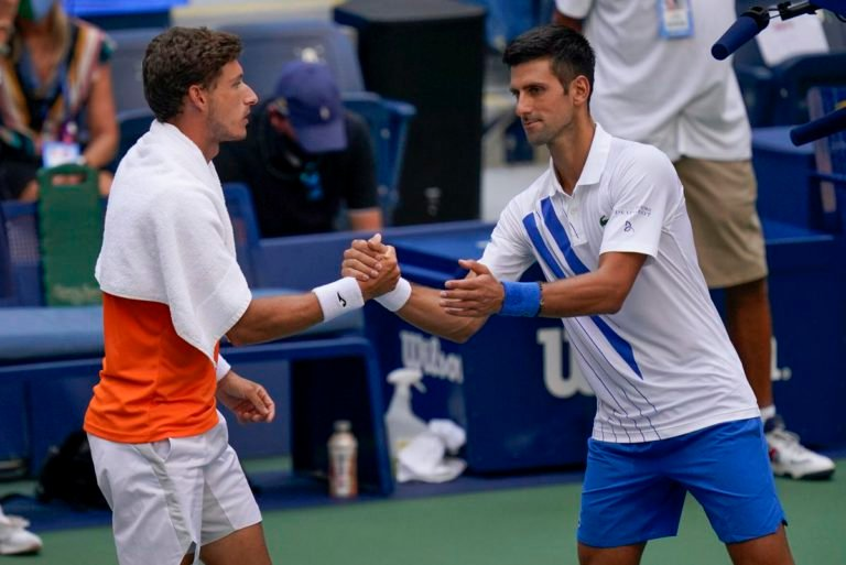 Novak Never Never Wants To Hit The Line Umpire Pablo Carreno Busta Defends Novak Djokovic Essentiallysports