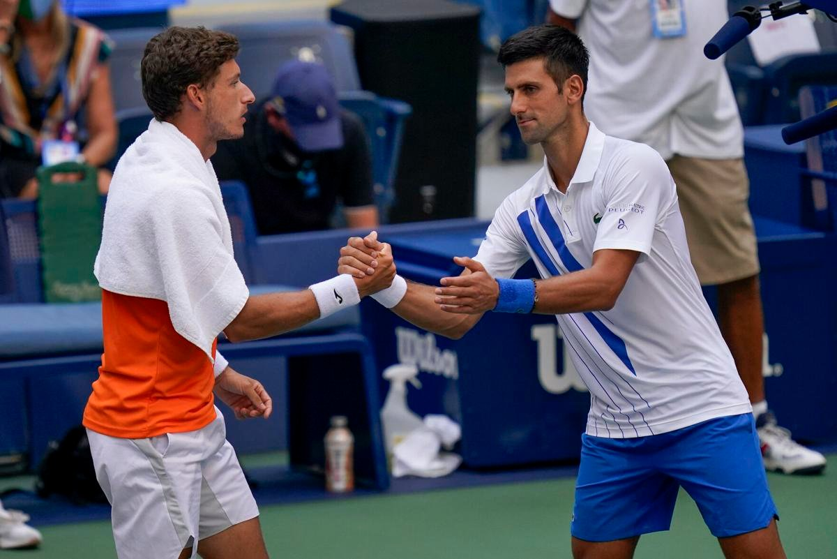 Novak Never Never Wants To Hit The Line Umpire Pablo Carreno Busta Defends Novak Djokovic Essentiallysports