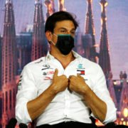 Toto Wolff sheds light on Lewis Hamilton's contract negotiations